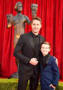 Justin Hartley and Parker Bates attend the 24th Annual Screen Actors Guild Awards at The Shrine Auditorium on January 21, 2018 in Los Angeles, California.