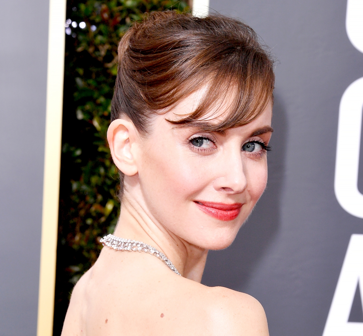Golden Globes 2018: Best Celebrity Red Carpet Hair, Makeup Looks