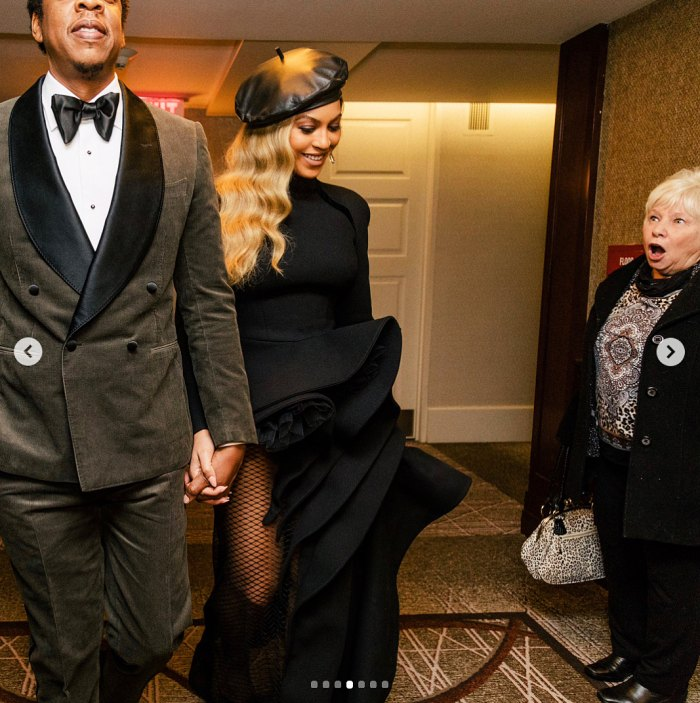 Jay Z Beyonce photobomb Grammys 2018