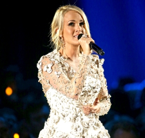 Carrie-Underwood-superbowl-song