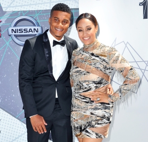 Tia Mowry Gives Birth