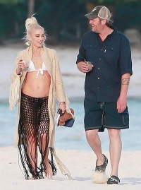 Gwen Stefani, Blake Shelton, Beach, Vacation, Playa del Carmen, Mexico
