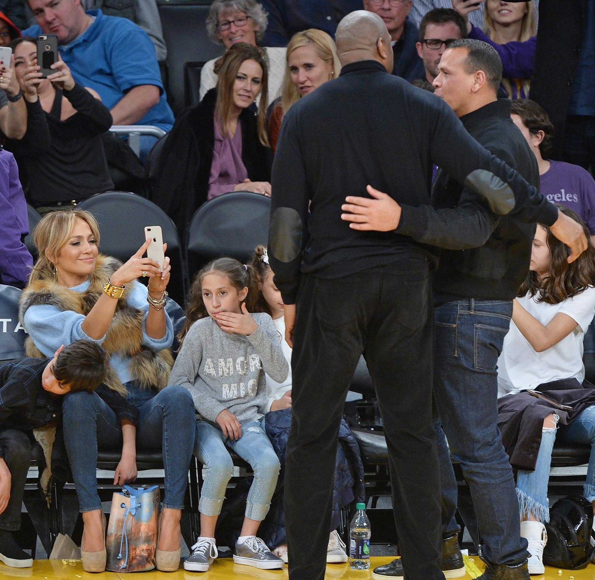 Jennifer Lopez, Alex Rodriguez Bring Kids on Date Night at Lakers Game