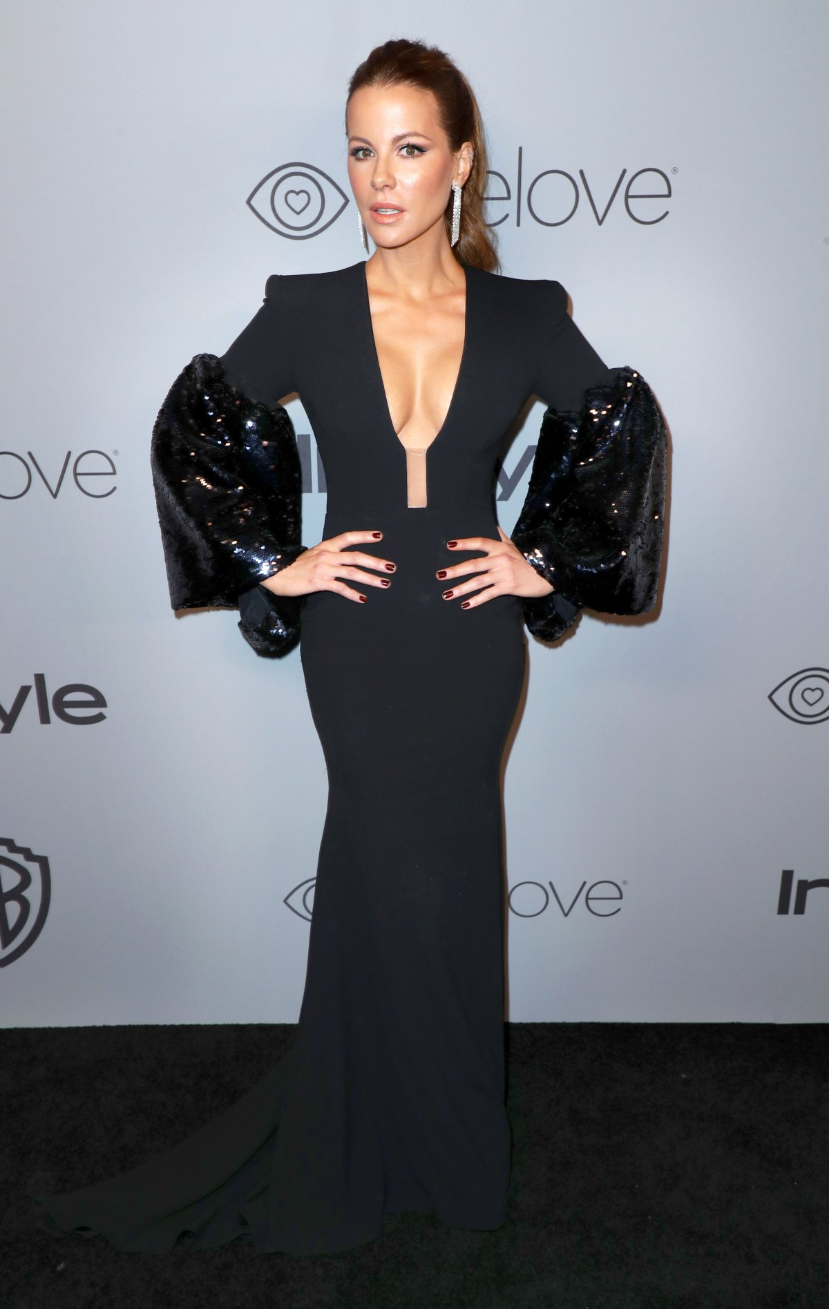 Golden Globes 2018 Afterparty Fashion: See Stars\' Dresses, Gowns