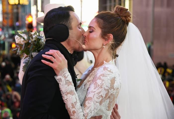 Maria Menounos Keven Undergaro New Year's Eve Wedding