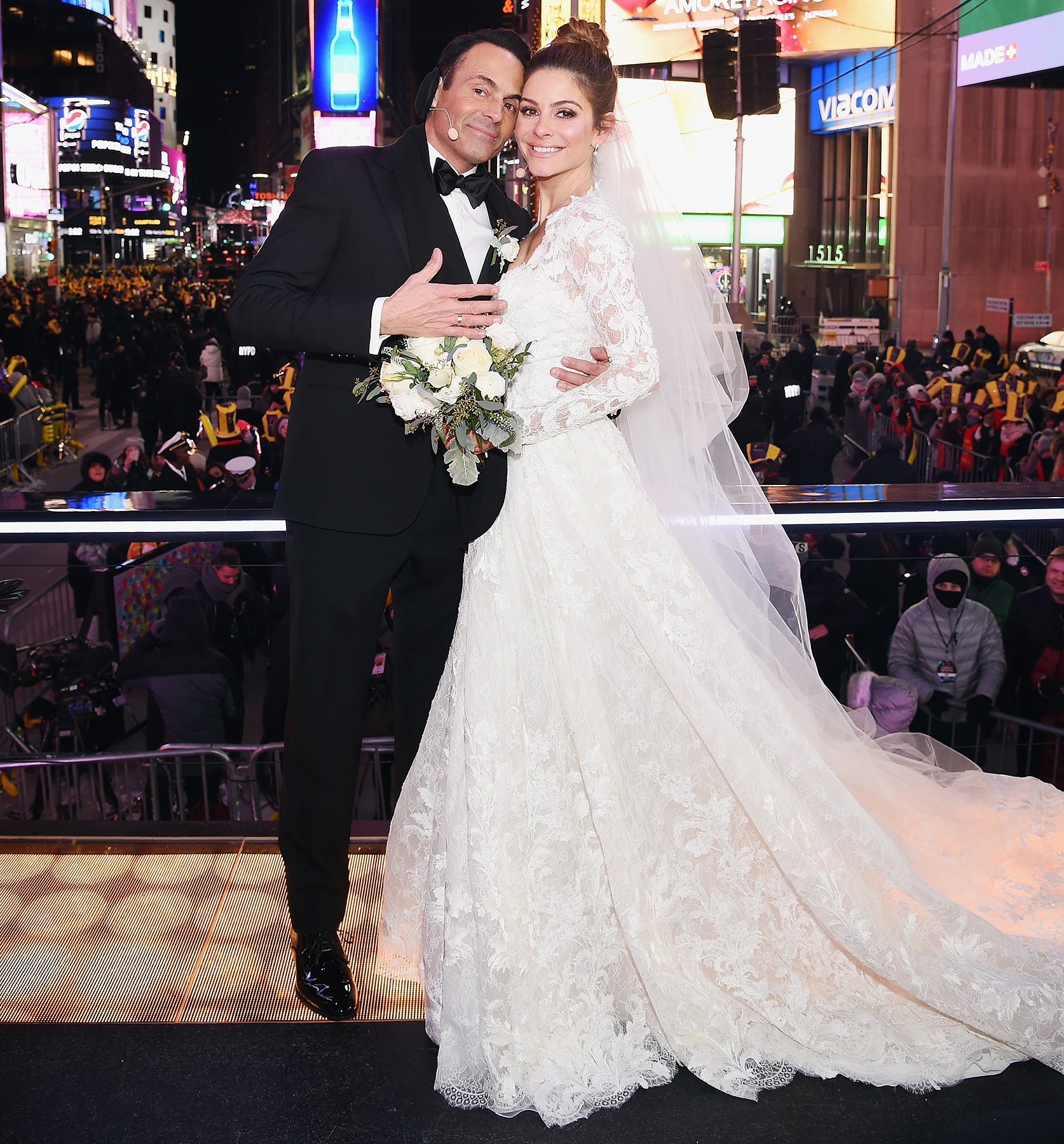 Maria Menounos Marries Keven Undergaro on New Year's Eve Show