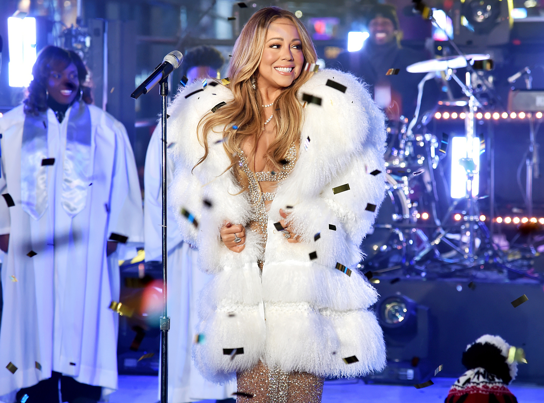 Mariah Carey performs on New Year's Rockin' Eve