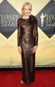 Nicole Kidman sags
