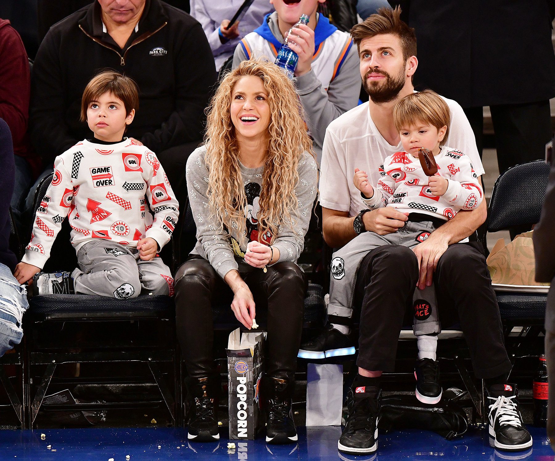 Shakira Gerard Pique New York Knicks Vs Philadelphia 76ers game with kids