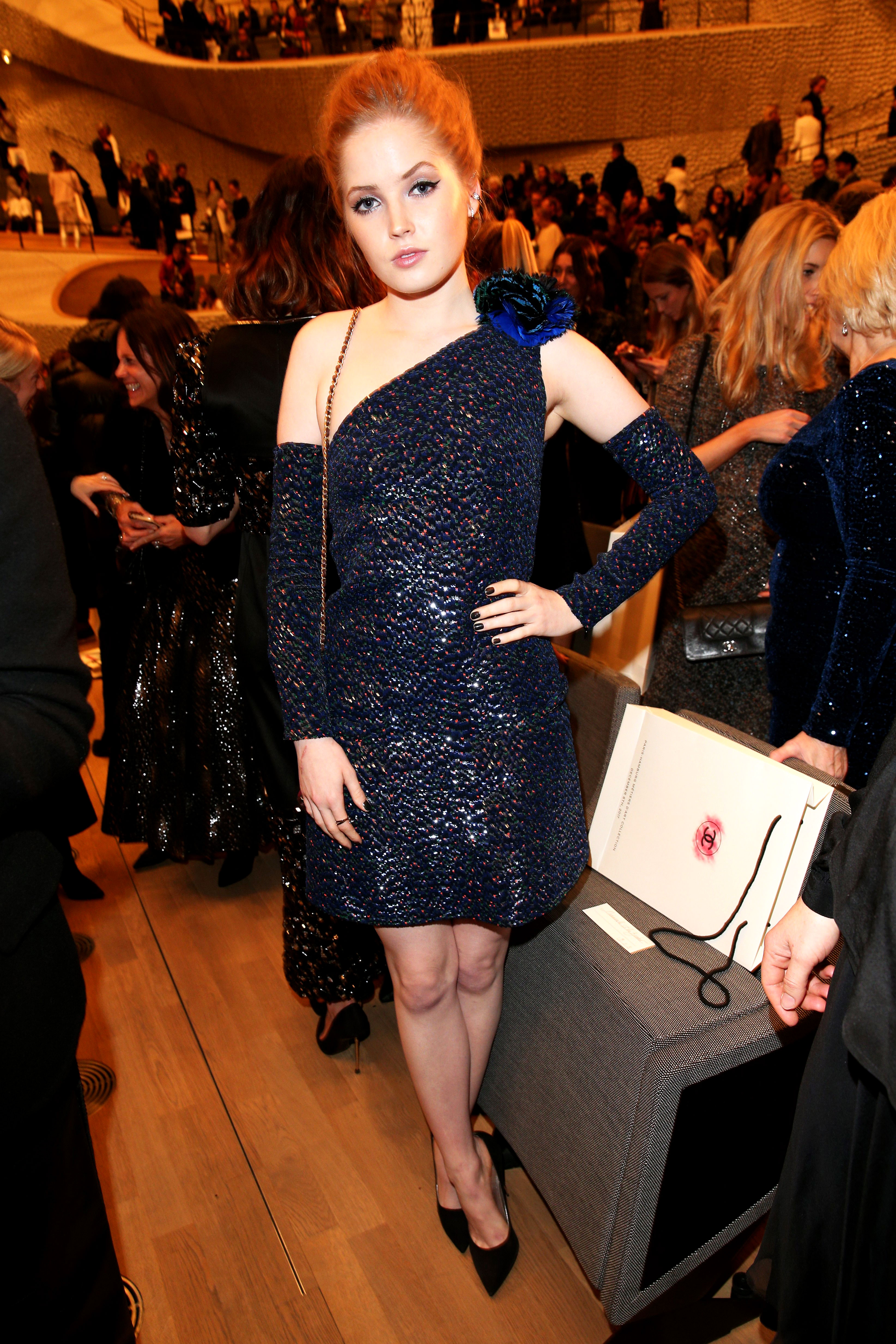 8bb7ff37780a3 Celebrities in Navy Dresses: Emma Stone, Margot Robbie, More