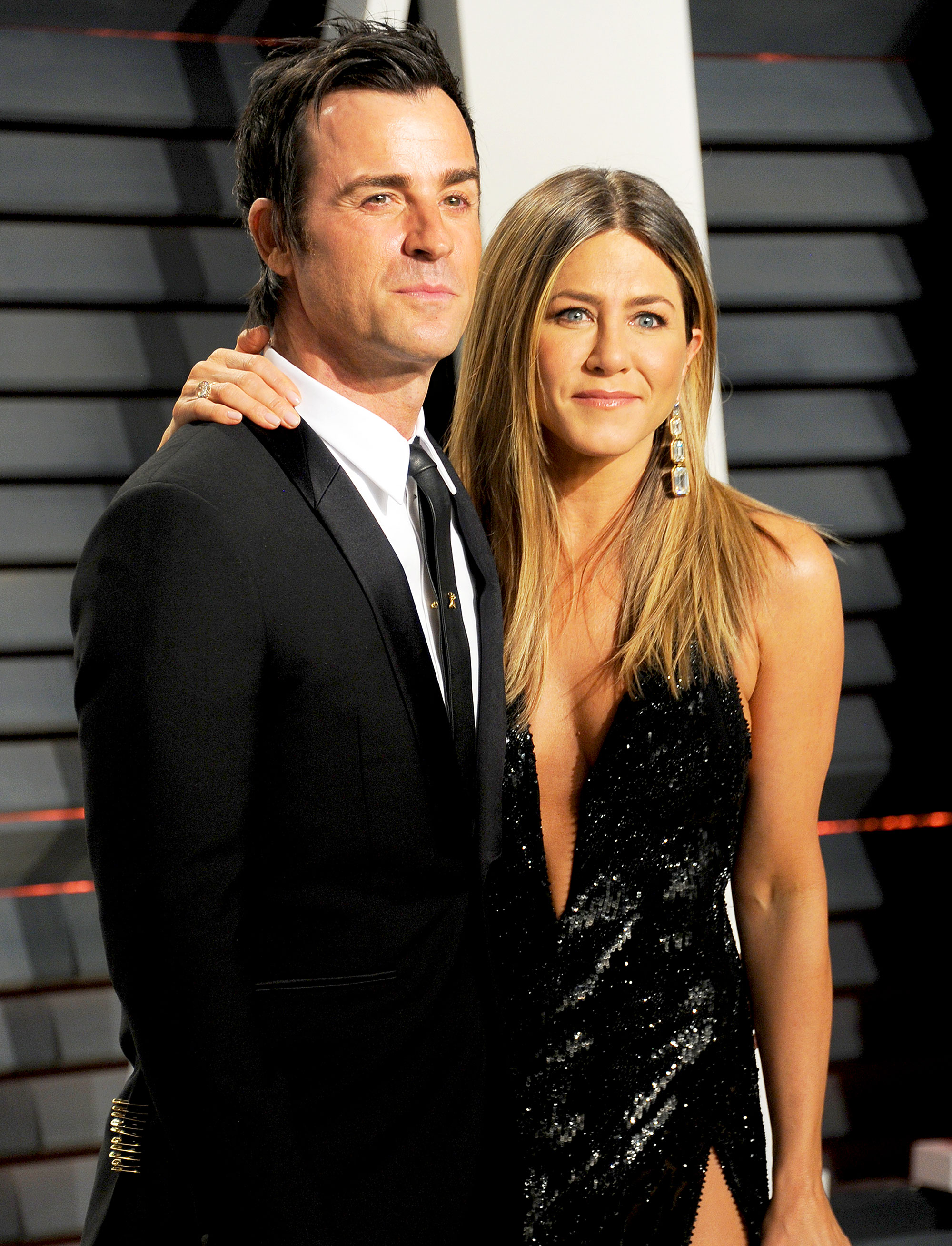 Jennifer Aniston and Justin Theroux arrive at Vanity Fair's Oscar party at Wallis Annenberg Center for the Performing Arts in Beverly Hills on February 26, 2017.