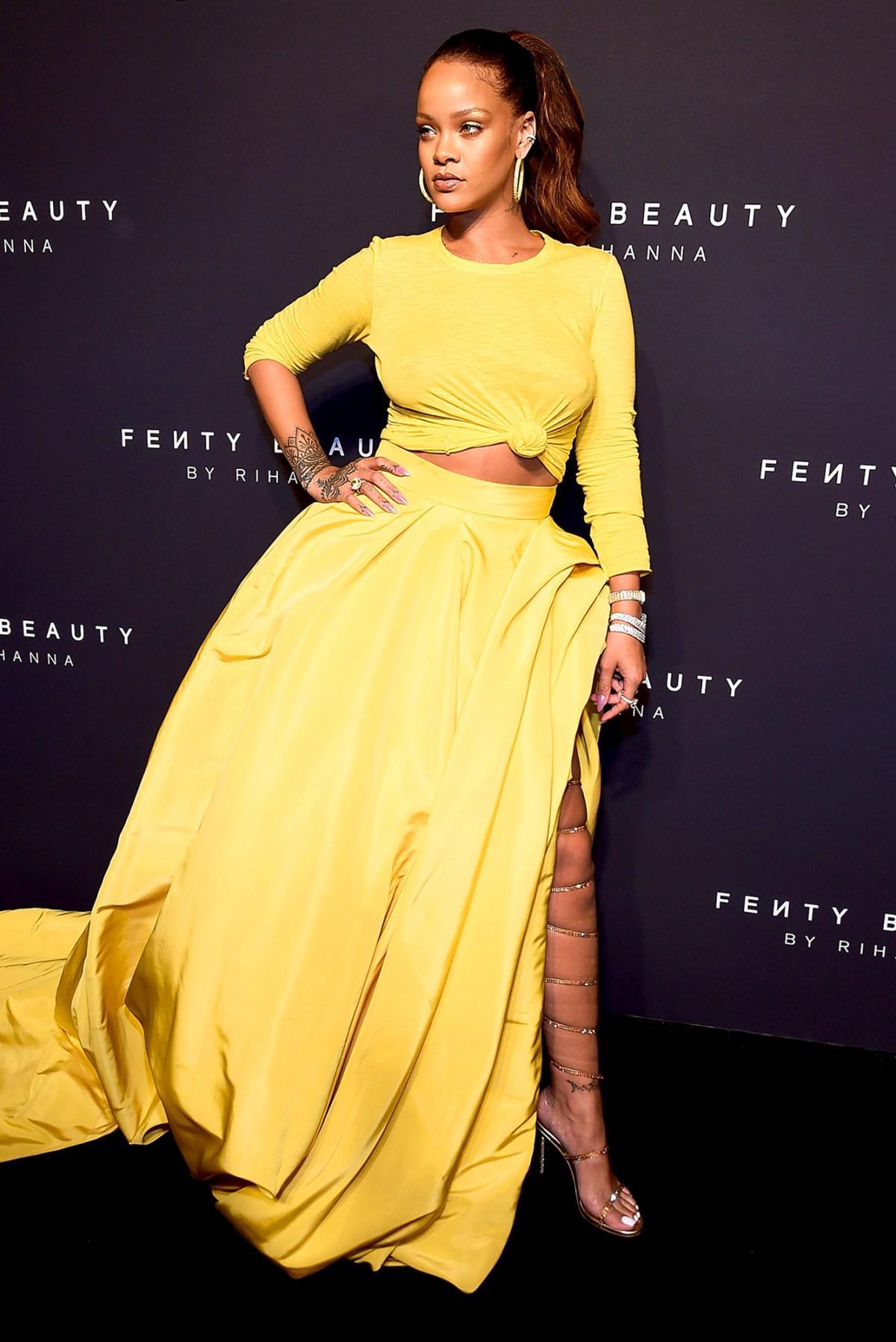 Rihanna\'s Red Carpet Style Evolution: Pics