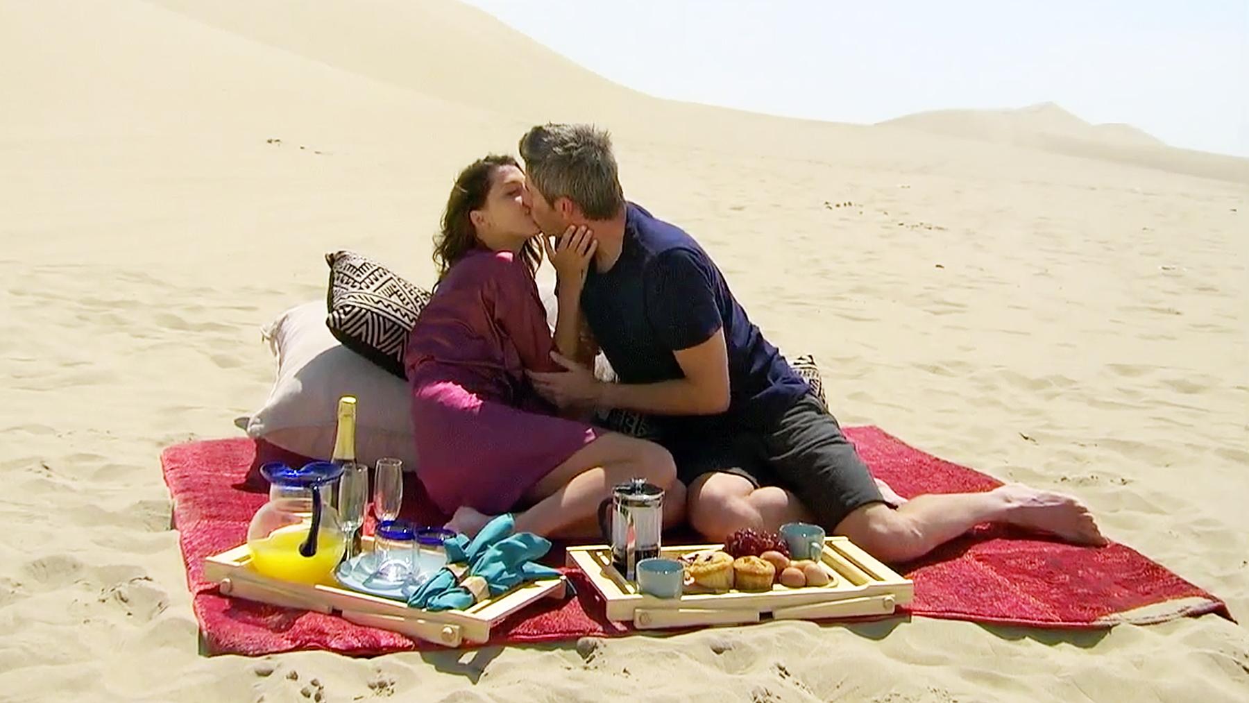 Arie Luyendyk Jr Becca K kissing