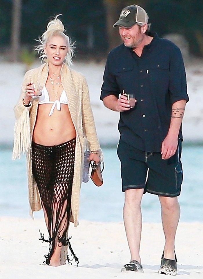Gwen Stefani Blake Shelton Plans on Hold