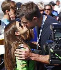 Danica Patrick Aaron Rodgers kiss