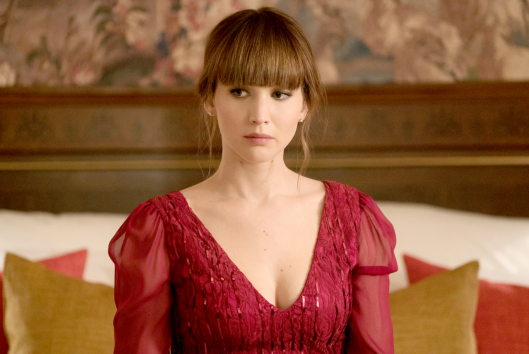 Red Sparrow Review Jennifer Lawrence Cant Make Red Sparrow Fly