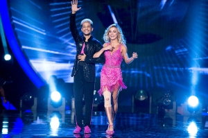 Jordan Fisher and Lindsay Arnold on Dancing with the Stars