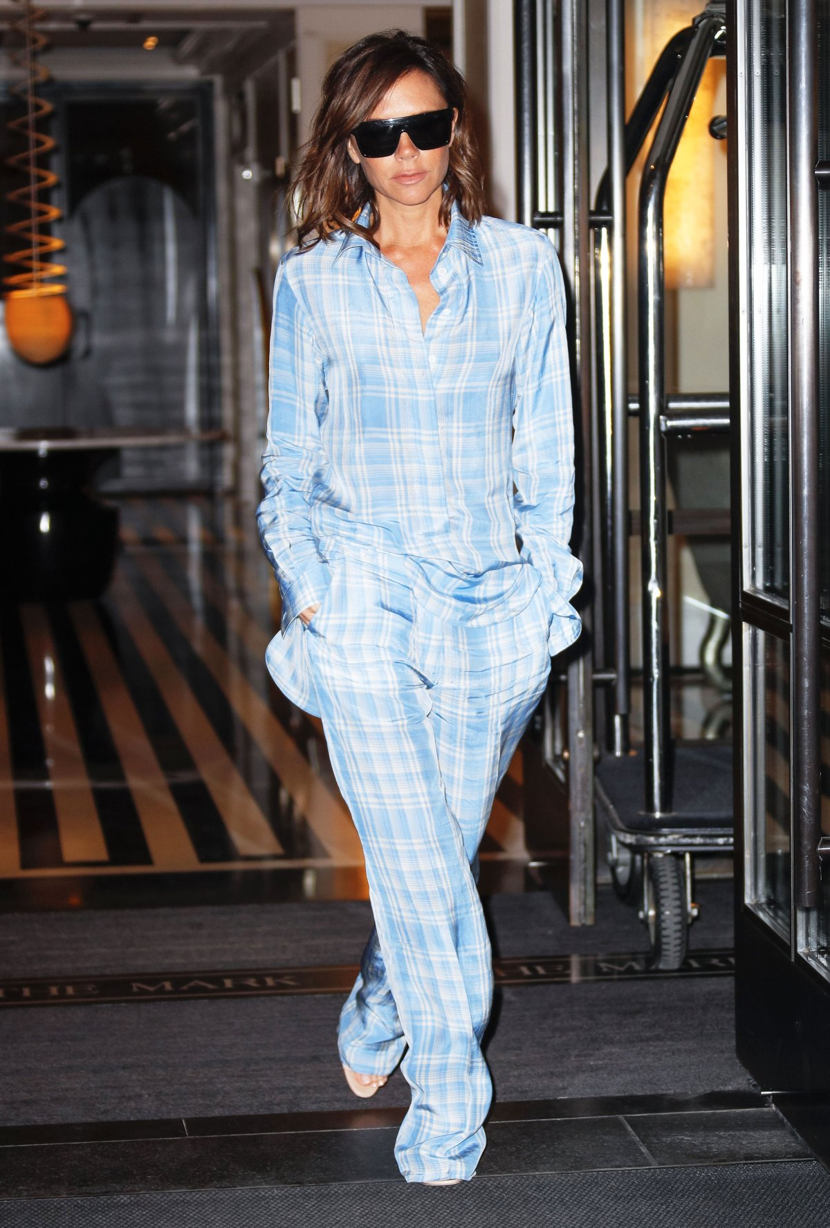 9fe77015d019 Victoria Beckham's Style From Spice Girls to Fashion Designer