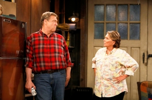 John Goodman and Roseanne Barr in 'Roseanne' reboot