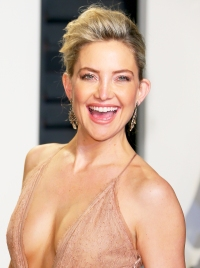 Kate Hudson Celebrities Who Love The Bachelor Gallery