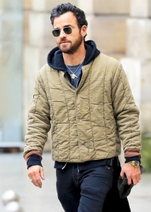 Justin Theroux spotted in Paris, France on March 4, 2018.