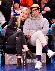 Carlotta Kohl, Jack Antonoff, Courtside, New York Knicks, Charlotte Hornets, NBA Game