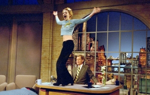 drew-barrymore-flashes-david-letterman