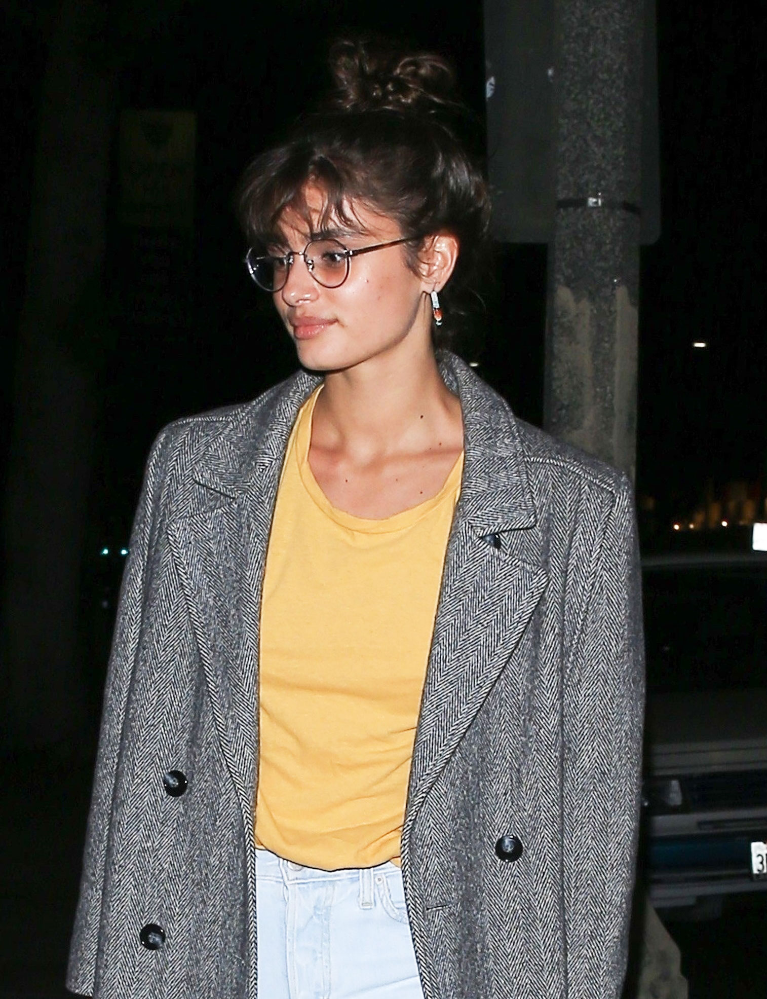 4968b2fbbe2 Wire-Frame Glasses Trend as Seen on Selena Gomez