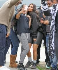 Kim Kardashian, Fans, Watts Empowerment Center, Key to our Hearts