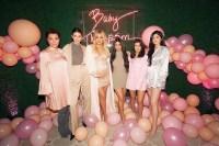 Kris Jenner, Kendall Jenner, Khloe Kardashian, Kim Kardashian West, Kourtney Kardashian, Kylie Jenner, Baby Shower, Pink