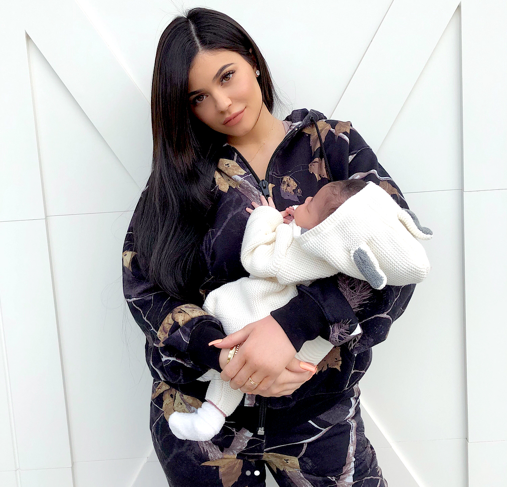Kylie Jenner Has First Photoshoot After Giving Birth