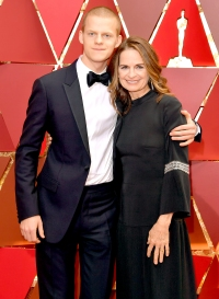 Lucas-Hedges-and-Susan-Bruce-Titman