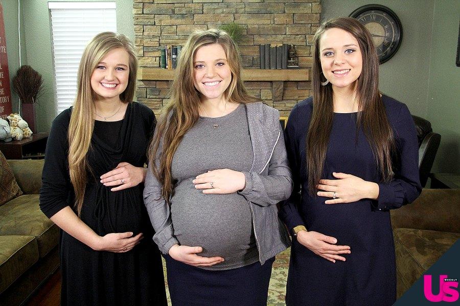 Pregnant-Joy-Jinger-Kendra-Holding-Bellies Duggar