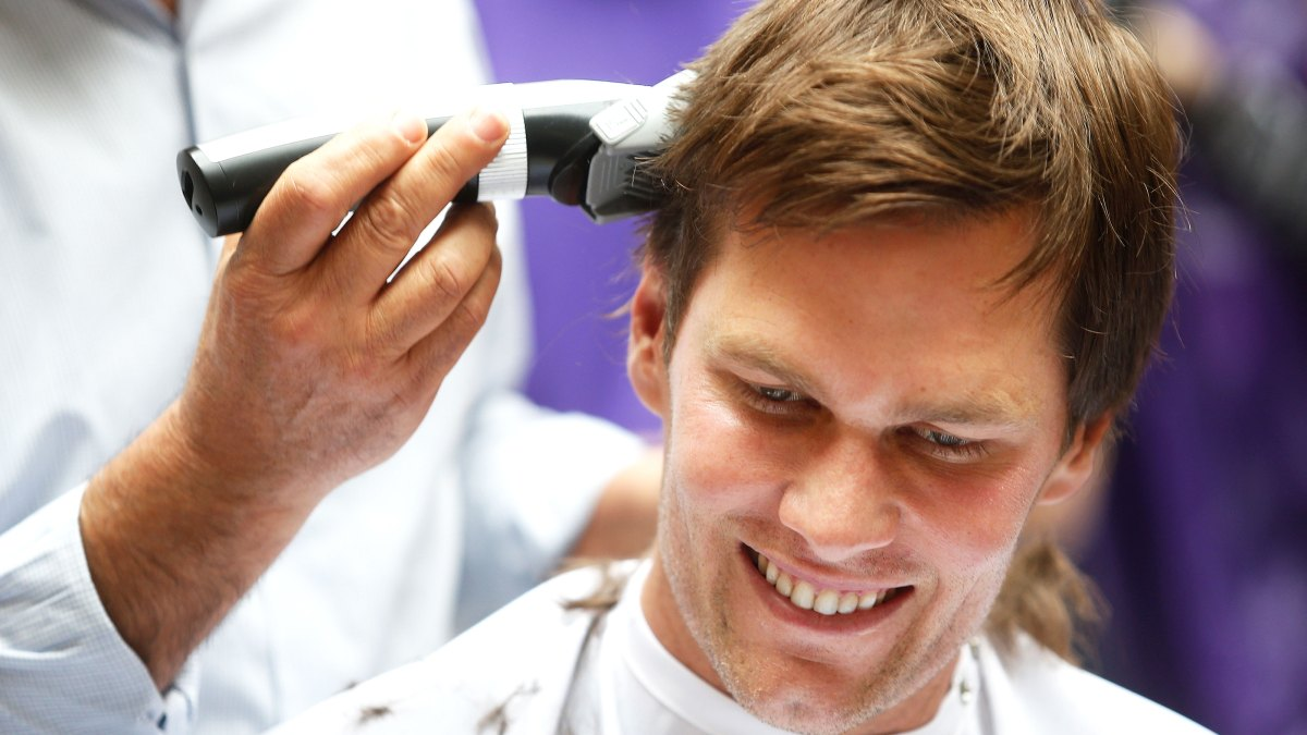 Tom Brady Shaves His Head For 75 Million For Cancer Institute