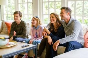 Nick Robinson, Talitha Bateman, Jennifer Garner and Josh Duhamel star in 'Love, Simon'