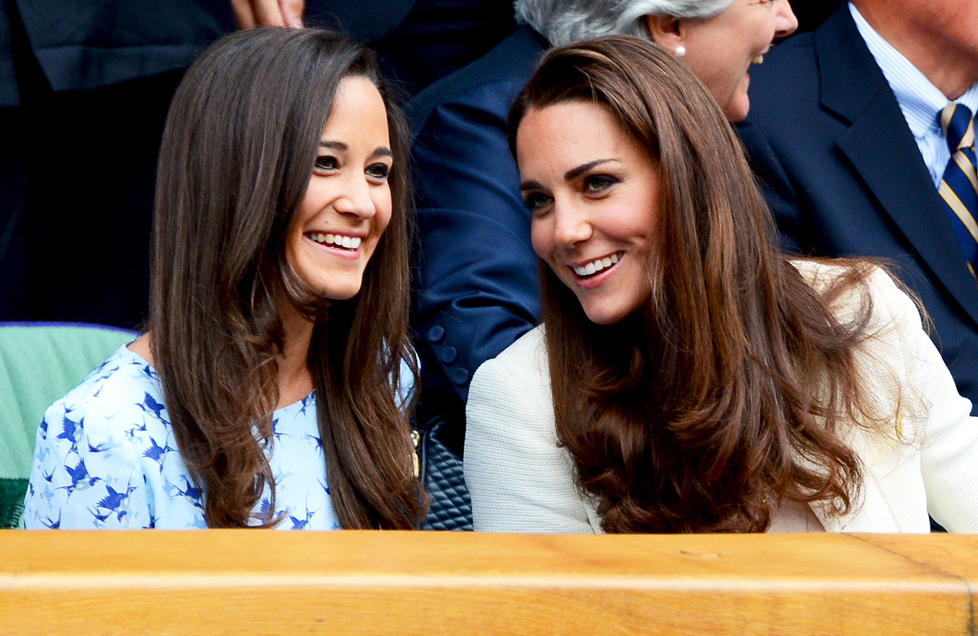 What year did kate and william start hookup