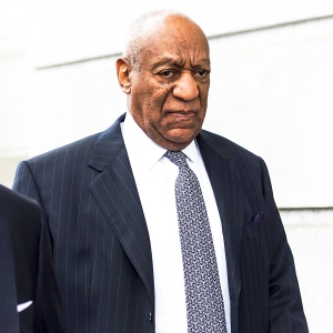 Bill Cosby arrives to Montgomery County Courthouse during sexual assault retrial on April 4, 2018 in Norristown, Pennsylvania.