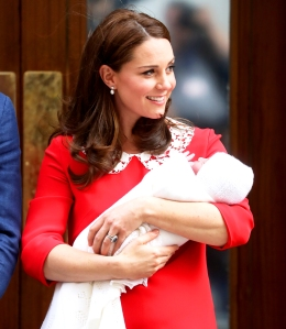 Kate Middleton departs the Lindo Wing with her newborn son at St Mary's Hospital on April 23, 2018 in London, England.