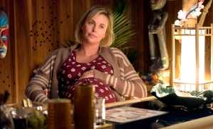 Charlize-Theron-in-Tully