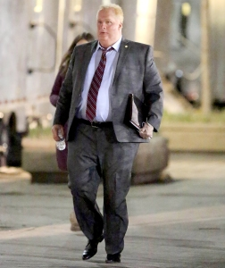 Damian-Lewis-Looks-Unrecognizable-as-Former-Toronto-Mayor-Rob-Ford