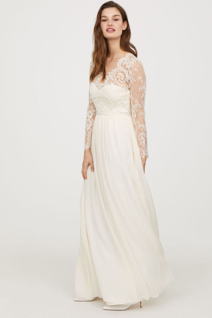 Kate middleton wedding dress dupe hm 300 lace gown hm wedding dress junglespirit Image collections