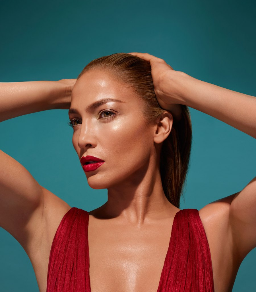 Jennifer Lopez x Inglot Cosmetics Makeup Collab ... Jennifer Lopez