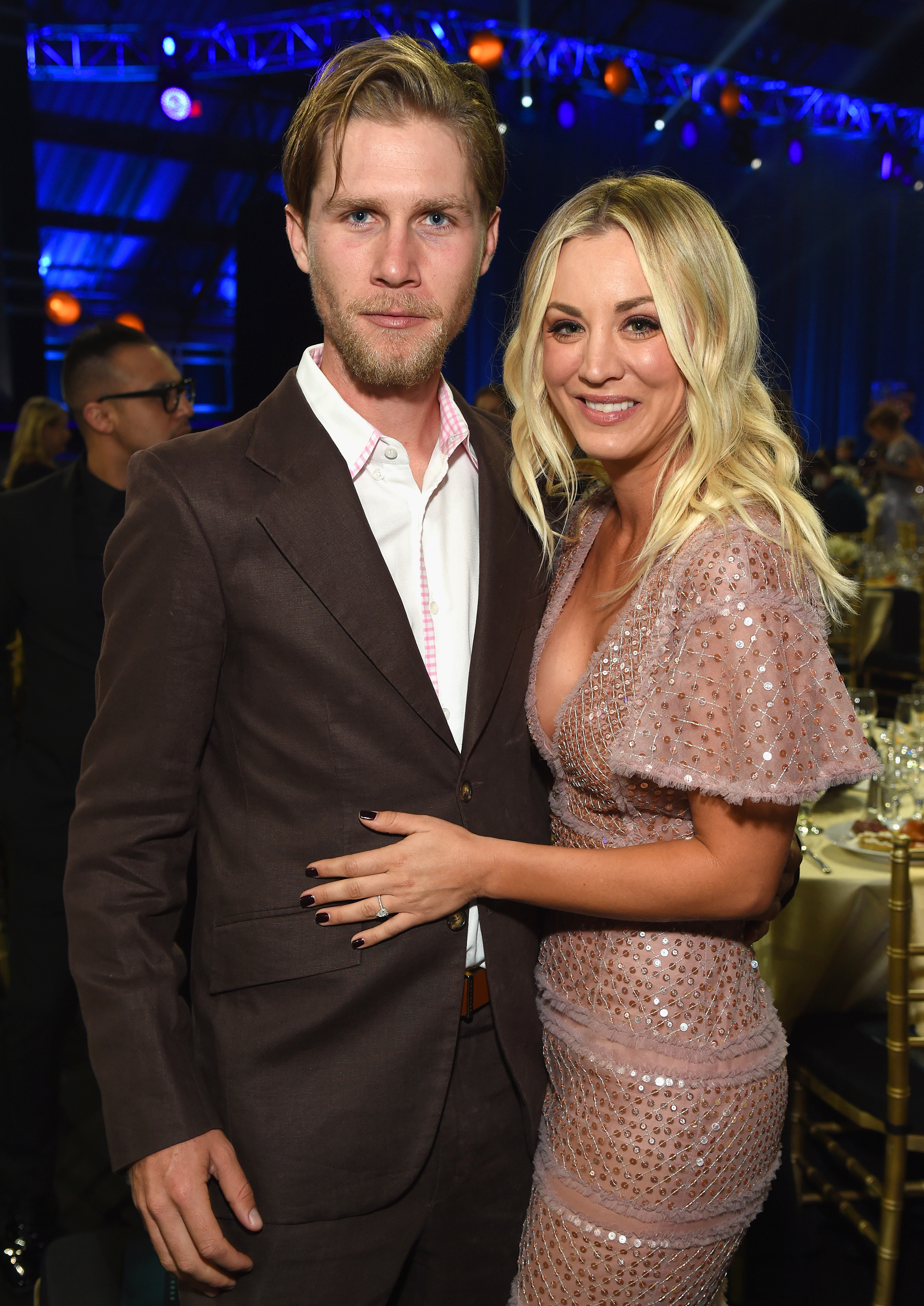 Kaley Cuoco (R) and Karl Cook