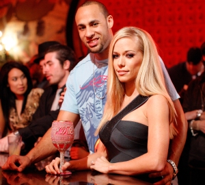 Hank Baskett and Kendra Wilkinson divorce