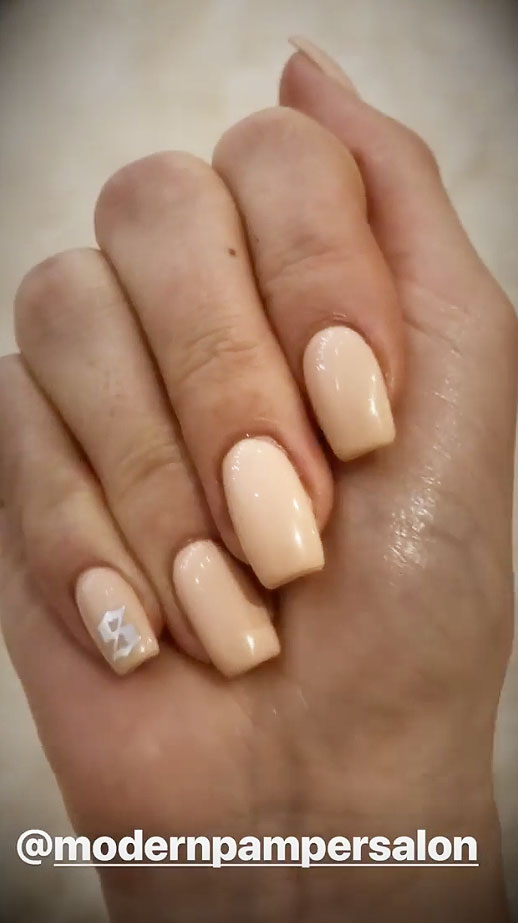 Kylie Jenner Wears Manicure With Stormi Webster\'s Initials