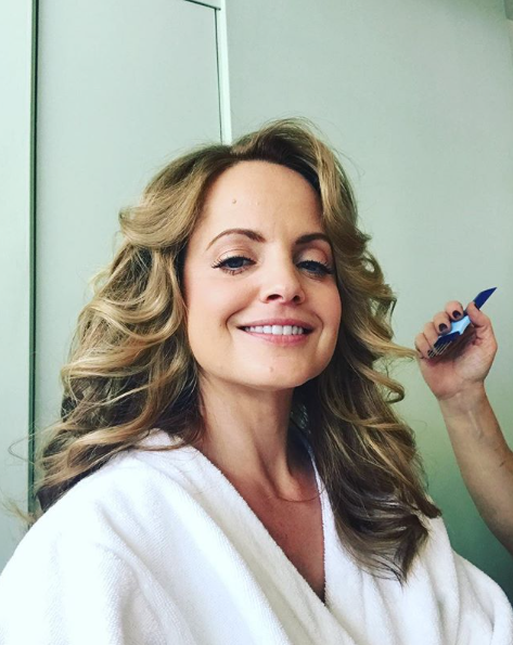 """Mena Suvari - """"I love 100% Pure and I pretty much use all of their products,"""" Suvari reveals. """"I also go to Verina Organic Salon in Beverly Hills and all of their products are organic,"""" she continues."""