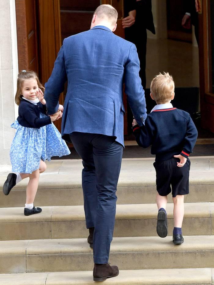 princess-charlotte-prince-george-william-arrive-at-hospital-2