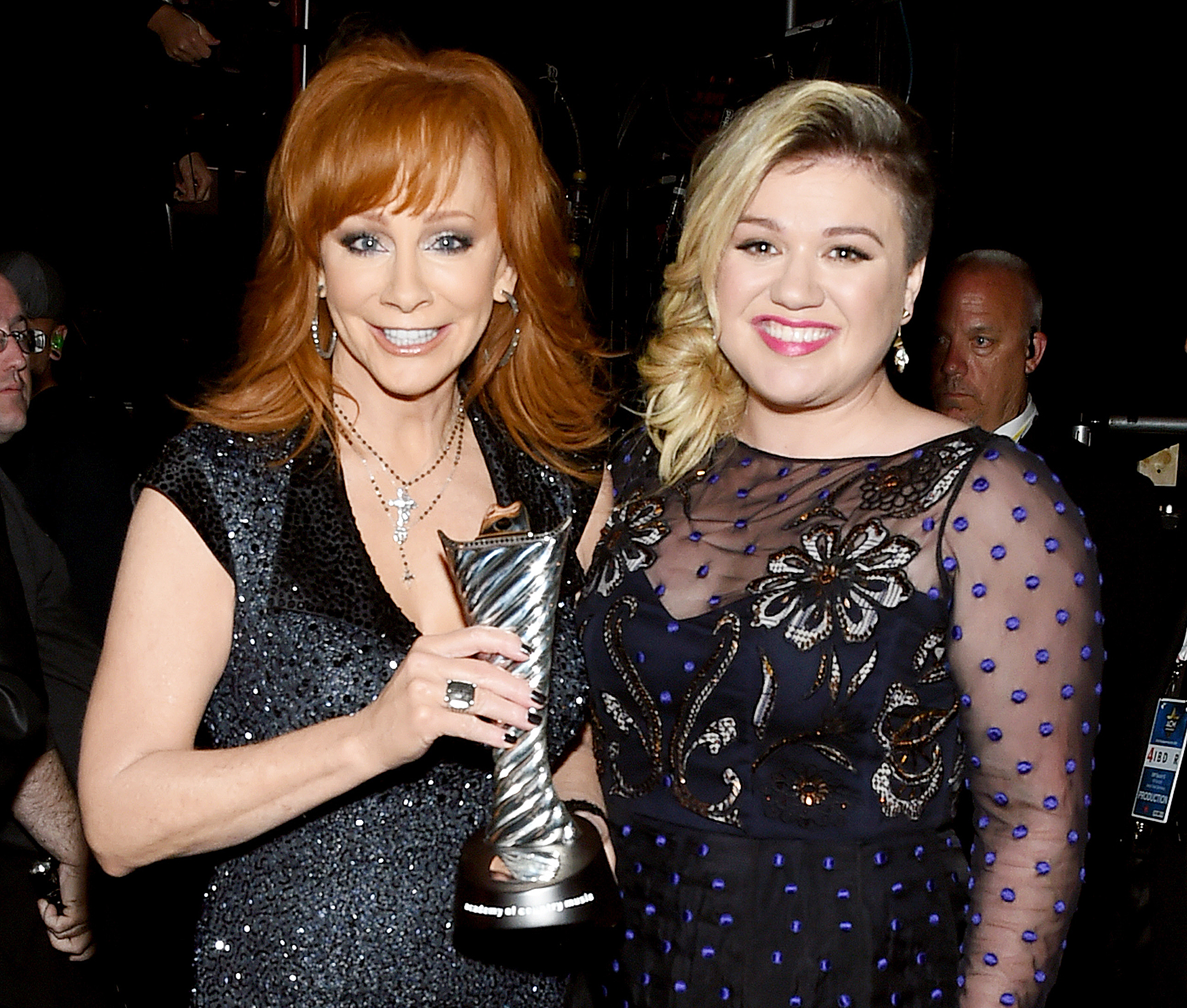 Host reba mcentire don t expect political jokes at the for How many kids does reba mcentire have