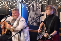 Taylor Swift, Craig Wiseman, Bluebird Cafe