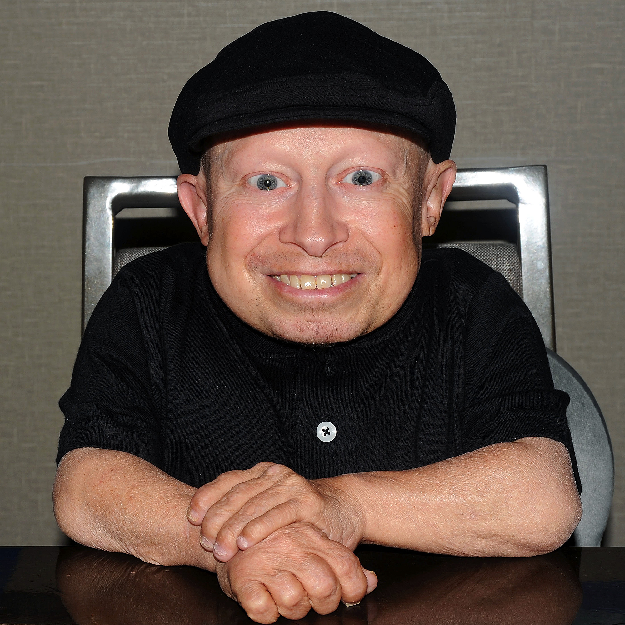 Verne troyer austin powers star dead at age 49 bookmarktalkfo Image collections